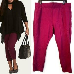 NWOT Torrid Luxe Berry Braid Trim Crop Ponte Pants